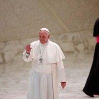 Recibe el Papa a víctimas de trata de personas.