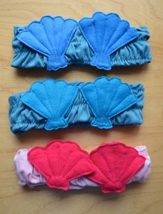 Bandeau Shells bras for mermaid costume... you are a wonderful Mum, Lier! will you come visit our house & make 3 more? :)