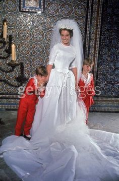 Ana, Condesa de Ofalia, wed Max, Prince Hohenlohe, in 1961, with two of her page boys.... ahhhh.