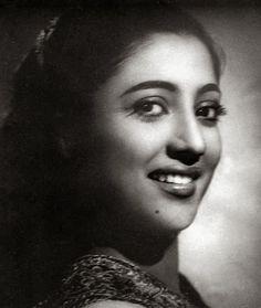 Indian Film Actress, Best Actress, Indian Actresses, American Singers, American Actress, Suchitra Sen, Sadhana Actress, Star Of The Day, June Bride