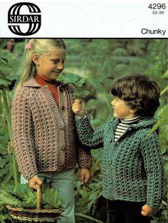 PDF Vintage Knitting Pattern Children CHUNKY Jacket Toddler Sirdar Baby Pixie-Hood, with Collar, Rustic, Woodland, Coat Cardigan Boho Chunky Knitting Patterns, Easy Knitting, Crochet Patterns, Chunky Knit Cardigan, Chunky Wool, Crochet Toddler, Quick Knits, Vintage Knitting, Vintage Children
