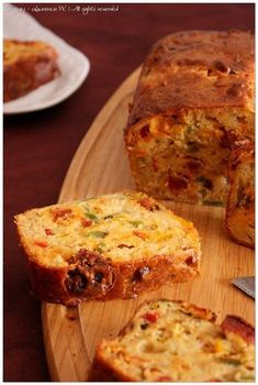 cake_chorizo_poivrons_mozzarella4 Batch Cooking, Easy Cooking, Mini Cake Sale, Crepe Cake, Pie Cake, Savoury Cake, Banana Bread, Breakfast Recipes, Food Porn