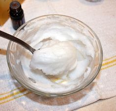 5 pounds lighter in 2 weeks WITHOUT doing anything else just taking coconut oil. Click for instrutions