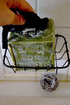 Faire la vaisselle au savon de Marseille