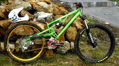 custom slopestyle bike