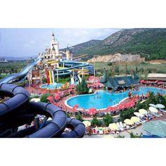 Loooove water parks :)