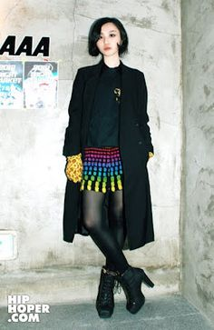 South Korea Street Fashion, <3 the skirt!