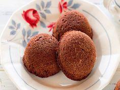 Le Sfere al Cioccolato di Cristina Lunardini sono un'idea divertente per ogni occasione: dalla merenda alla colazione, dallo snack al dessert da gustare dopo il pranzo o la cena. Scoprite come prepararle in pochi, semplici passaggi.