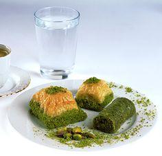 Baklava (Turkish Dessert) | Dessert Inventions http://dessertinventions.com/