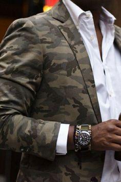www.bibliadelgentleman.com - I love that camouflage blazer with that white shirt....