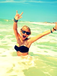 Cant wait to take a million pictures like this on the beach. ---> Coming Summer 2012. :)