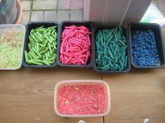 Pasta Sculptures! | Pre-school Play