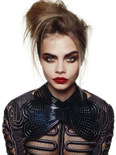 cara delevingne by david bailey for vogue australia october 2013 6 Vogue Austrália Cara Delevingne, Glamour, Pretty People, Beautiful People, Estilo Grunge, Modelos Fashion, Kate Moss, Mannequins, Look Fashion