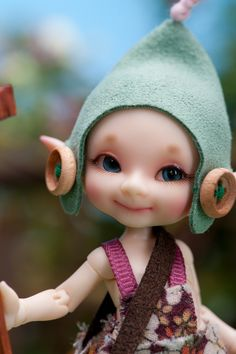 This one is so cute that I ordered him. OMG I love too many dolls ! Woodland Creatures, Magical Creatures, Fantasy Creatures, Elf Doll, Blythe Dolls, Doll Toys, Ball Jointed Dolls, Hansel Y Gretel, Kobold