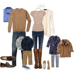 Fall family portraits - what to wear? Family Portraits What To Wear, Family Portrait Outfits, Fall Family Photo Outfits, Fall Family Pictures, Fall Photos, Family Pics, Family Pictures What To Wear, Fall Portraits, What To Wear Fall