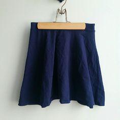 Navy blue skater skirt Worn two times Forever 21 Skirts Circle & Skater