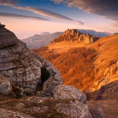 Автор: Виталий Башкатов Mountain Photos, Slide, Professional Photographer, Beautiful World, Ukraine, Landscape Photography, Grand Canyon, Mountains, Country