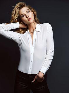 18 best Ideas for fitness model poses karlie kloss Fashion Shoot, Editorial Fashion, Fashion Models, Fashion Fashion, Karlie Kloss, Book Modelo, Poses Modelo, Photography Poses, Fashion Photography