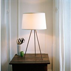 #designpublic.com         #table                    #Lights #Weegee #Table #Lamp                        Lights Up! Weegee Table Lamp                                                  http://www.seapai.com/product.aspx?PID=962570
