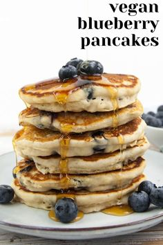 Vegan Blueberry Pancakes – I don't think there is anything better than a stack of fluffy vegan blueberry pancakes for breakfast on weekends! They are super quick & easy to make – done in 30 minutes! Vegan Blueberry Recipes, Vegan Pancake Recipes, Vegan Pancakes, Delicious Vegan Recipes, Vegan Desserts, Dessert Recipes, Fluffy Pancakes, Pancakes Easy, Healthy Recipes