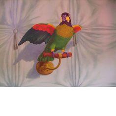 Агнес Bénazet, Попугай, фаршированные обманки, 2000/13, акрил на холсте - деталь украшения для города Luz-Saint-Sauveur, Франция.