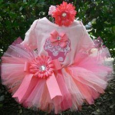 Tutu   http://www.missprissstyle.com/item/Birthday_Tutu_Outfit_Pink_Cupcake/2428/c77