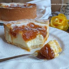 toirta delizia con ripieno ricotta marmellata Sweet Recipes, Cake Recipes, Cheesecake, Gateaux Cake, Italy Food, Food Garnishes, Breakfast Cake, Sweet Cakes, Desert Recipes