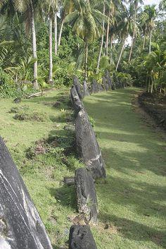 Stone Money Bank in Yap Island, Micronesia Wake Island, Island Girl, Tonga, Vanuatu, South Pacific, Pacific Ocean, Fiji, Burial Vaults, Papua Nova Guiné
