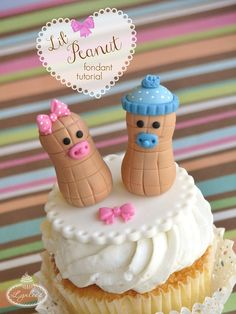 Looking for a simple cupcake design for a baby shower? Look no further! Welcome baby with this step-by-step lil' peanut fondant topper tutorial.