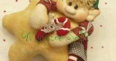 First Christmas Photos, Babies First Christmas, Merry Christmas, Christmas Ornaments, Xmas Decorations, Bowser, Diy Crafts, Halloween, Holiday Decor