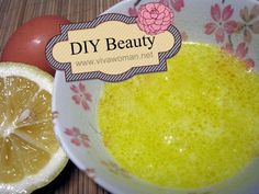 DIY Beauty: olive oil & egg white anti-wrinkle maskHow about trying out an anti-wrinkle homemade mask that can brighten your face, tighten your pores, and moisturize your skin? It's easy to make, ...