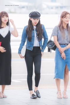 Kpop Outfits, Korean Outfits, Girl Outfits, Blackpink Fashion, Asian Fashion, Fashion Outfits, Petite Fashion, Korean Airport Fashion, J Pop
