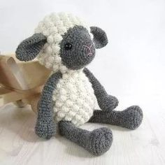 PATTERN: Sheep - Amigurumi lamb - Stuffed animal - Crochet pattern - Tutorial with photos on Etsy, Crochet Sheep, Crochet Amigurumi, Cute Crochet, Amigurumi Patterns, Crochet Animals, Crochet Dolls, Crochet Stitches, Crochet Baby, Knitting Patterns