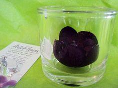 VASE ROND et son COEUR ORCHIDEE violet paillettes fleur artificielle