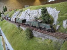 All About Standard Gauge Toy Trains Ho Model Trains, Ho Trains, Ho Train Layouts, Escala Ho, N Scale Trains, Standard Gauge, Real Model, Hobby Shops Near Me, Beautiful Architecture