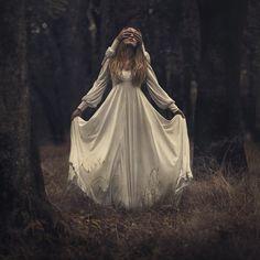 Photographer: Nicole Burton - Parvana Photography Model: Jessica Baumgardner