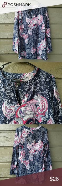 Lucky Brand Patterned Paisley Long-Sleeve Tunic Excellent condition  Feel free to ask me any additional questions. Reasonable offers are considered. No trades, or modeling. Happy Poshing! Lucky Brand Tops