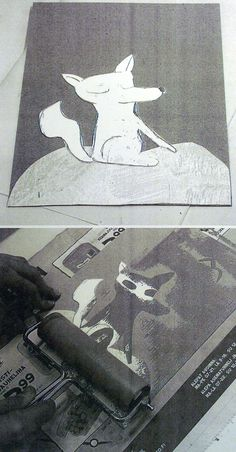 Collagrafia. Painolaatta ja kuviot tukevasta pahvista. Aaltopahvi / tapetti antaa kuviollisen lopputuloksen. Väri telataan laattaan ohuelti.