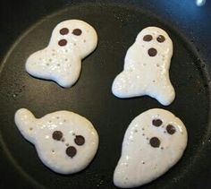 Halloween Ghost Pancakes for breakfast