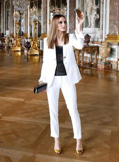 Olivia Palermo takes a selfie in the Palace of Versailles - May 20, 2015
