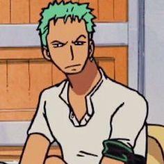 (1) blake • zoro simping arc 🐉 (@gz_bkg) / Twitter One Piece Meme, One Piece Funny, Zoro One Piece, Anime Meme, Funny Anime Pics, Anime Guys, Boca Anime, Mugiwara No Luffy, One Piece Drawing