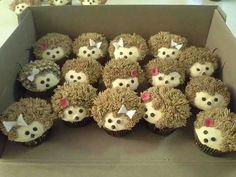 Hedgehog cupcakes, too cute!