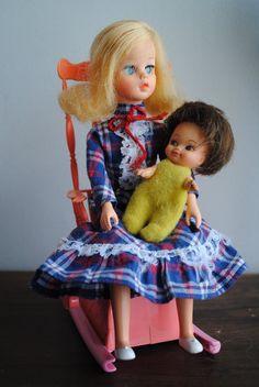 Boneca Susi naninha anos   70    era muitomuito  bontinha era do meu tenpo adorava