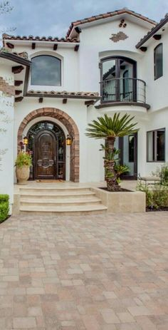 51 Amazing Decoration Italian Villa With Tuscan Design Get an Ideas Amazing Decoration Italian Villa With Tuscan Design Ideas 12 You are able to see photos of the way the villa looks today here! Villas are stocked with whatever y… Villa Design, Home Design, Design Patio, Exterior Design, Design Ideas, Exterior Paint, Mediterranean Style Homes, Spanish Style Homes, Spanish Revival
