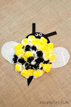 Paper Plate Bumble Bee ~ Easy Preschool Craft