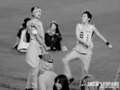 xiumin and sehun... what the hell are they doing? Do they even know they are famous ?