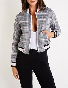 Sporty Outfits, Fashion Outfits, Patterned Bomber Jacket, Bomber Jacket Outfit, Relaxed Outfit, African Print Fashion, Mode Style, Couture Fashion, Jackets For Women