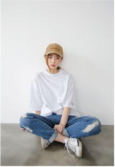 Print Point Box Tee | Korean Fashion More