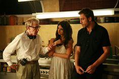 Immagine 90014 per il personaggio Woody Allen: Woody Allen, Penelope Cruz e Javier Bardem sul set del film Vicky Cristina Barcelona. Le migliori immagini scaricabili in alta risoluzione o navigabili direttamente sul sito