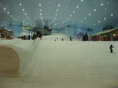 """There's never been reported snow in Dubai, so they make their own in """"Ski Dubai,"""" an indoor ski complex where they make their own snow daily!"""